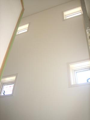 20110909B棟階段窓